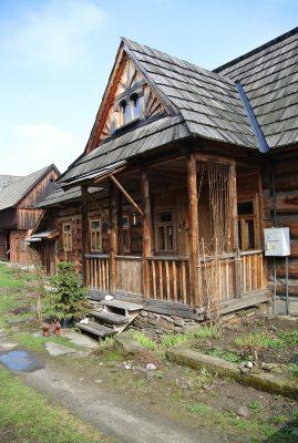La Dcouverte Du Petit Village De Chocholow Tait Vraiment Intressante Un Bel Exemple Des Pays LEst Une Vraie Carte Postale
